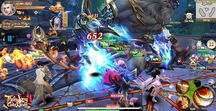 Ngoài combo 12 kĩ năng, Thần Long Cửu Kiếm còn sở hữu đồ họa đỉnh cấp 6