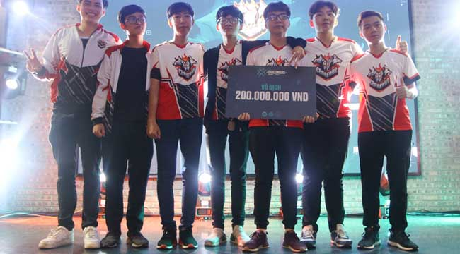 Valorant: Sướng như nhà vô địch VCT Vietnam 2021, được mẹ và bác lên tận livestream cổ vũ