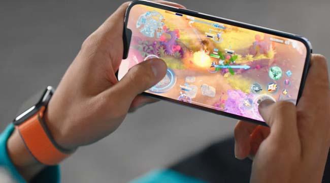 Iphone 13 ghi điểm ấn tượng với MARVEL Future Revolution