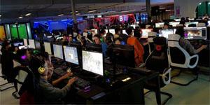 Tại Hà Nội, game thủ ngồi quán net không cũng được nhận tiền mặt lên đến hàng chục triệu đồng