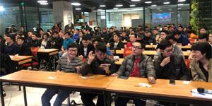 Đến dự offline game Tam Quốc Truyền Kỳ Mobile tại Hà Nội game thủ bất ngờ nhận được 1 triệu đồng