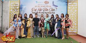 Đến dự offline Anh Hùng Xạ Điêu Gamota tại Hà Nội game thủ thích thú khi được giao lưu với Ưng Hoàng Phúc