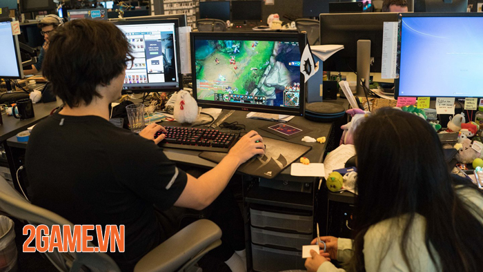 10 năm sau LMHT ra mắt giờ đây game thủ Việt rần rần gọi tên Riot Games 0