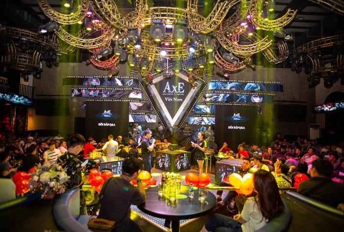 Game thủ AxE: Alliance x Empire quẩy tung nóc cùng Big Offline siêu hoành tráng tại Sài Gòn 2