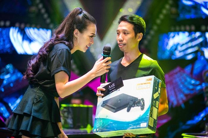 Game thủ AxE: Alliance x Empire quẩy tung nóc cùng Big Offline siêu hoành tráng tại Sài Gòn 3