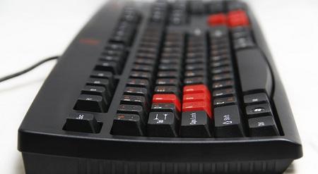 Bàn phím Tt eSports Amaru công nghệ Membrance dành riêng cho game thủ Việt