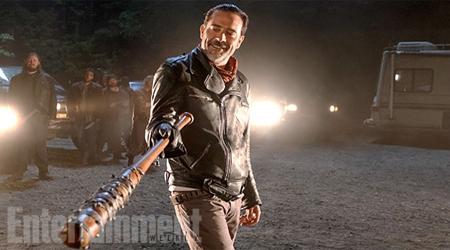 Hé lộ ra những hình ảnh đầu tiên của The Walking Dead Season 7