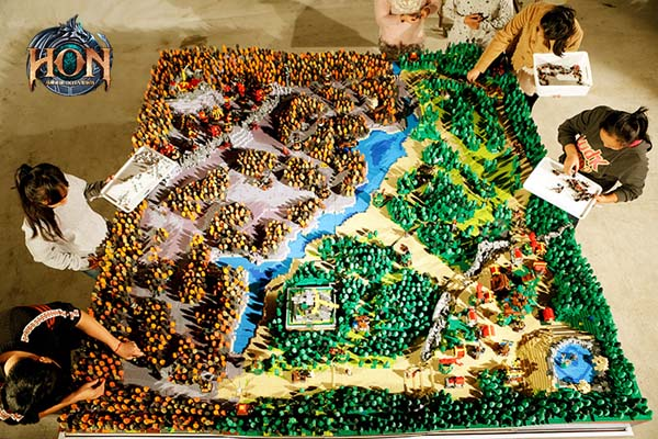 Heroes-of-Newerth-LEGO-map-3
