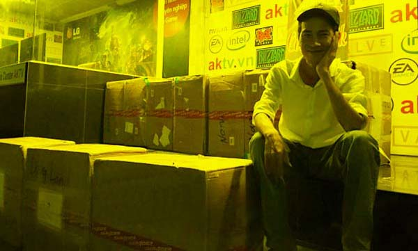 A.K Net Cup giải đấu thành công của ông chủ tiệm game mê eSports
