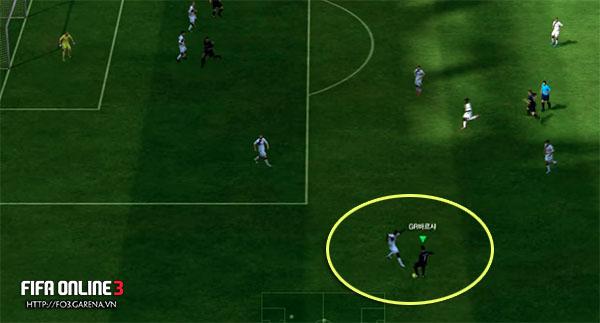 """Học hỏi cách rê bóng như """"dính keo ở chân"""" trong FIFA Online 3"""