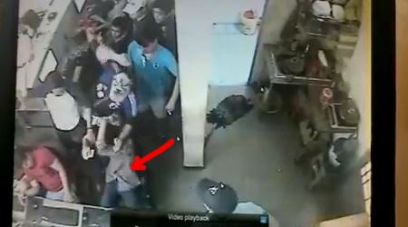 Bức xúc cảnh game thủ bị đánh hội đồng tại tiệm Net