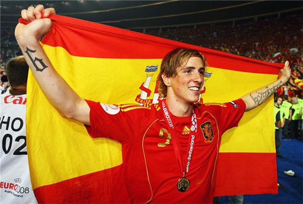 Torres tỏa sáng trở lại trong gameplay mới của FIFA Online 3 Việt Nam