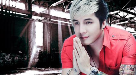 Ca sĩ Lâm Chấn Khang bất ngờ chơi Ỷ Thiên 3D trong MV Top 1 Trend Youtube