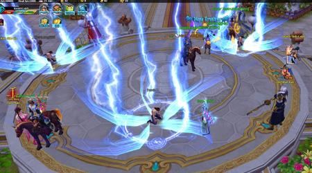 Ngũ Thần Online sở hữu gameplay tập trung phát triển nhân vật rồi đi PK để giải trí
