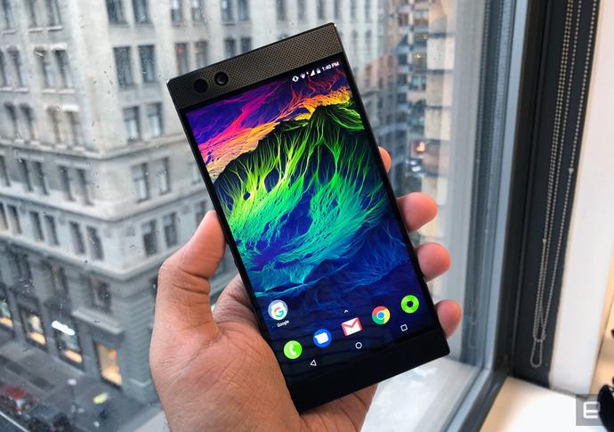 Razer Phone – lộ diện siêu phẩm điện thoại chơi game đỉnh cao