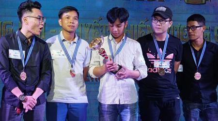 """Game thủ Tru Tiên 3D tiếp tục chứng minh: """"Tao yếu nhưng anh em tao đông"""" tại offline ở TP Hồ Chí Minh"""
