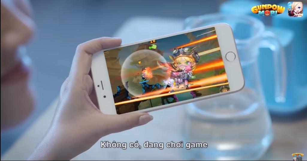 """GunPow Mobi là người """"san sẻ"""" công việc nhà với các Mẹ trong clip hài mới của Huỳnh Lập"""