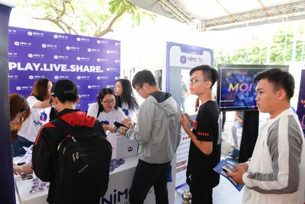 Top 5 ứng dụng không thể thiếu trong smartphone giới trẻ Việt