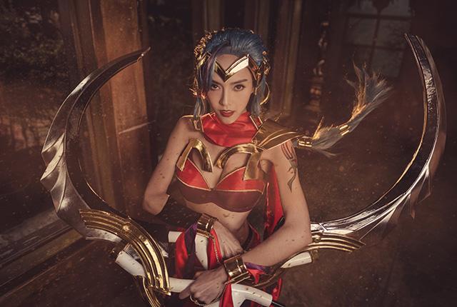 Cosplay nữ sát thủ Yena đẹp tuyệt trong Liên Quân Mobile