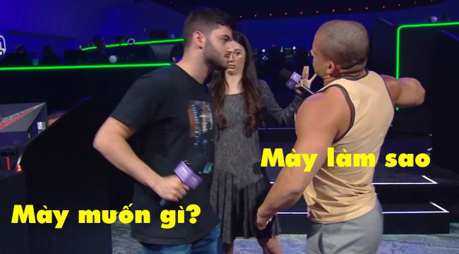 """Liên Minh Huyền Thoại: Tyler1 và Yassuo cà khịa và """"đơm"""" nhau ngay trên sân khấu"""