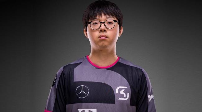 Liên Minh Huyền Thoại: Cựu tuyển thủ đường giữa của SKT – Pirean chia tay SK Gaming