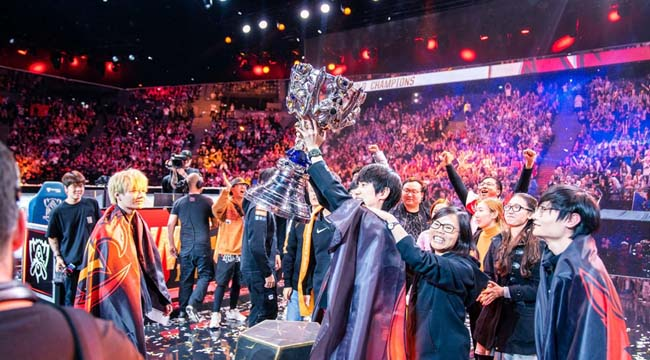 LMHT: 5 thứ gây ấn tượng nhất cho người hâm mộ trong Chung Kết Thế Giới 2019